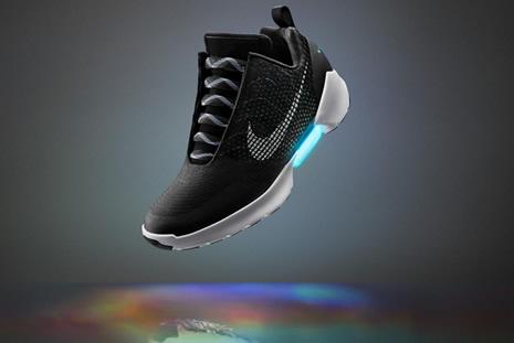 Los Zapato Primer Ata 0 Nike Que Hyperadapt Cordones Presenta Su 1 xnwRWFg6qz